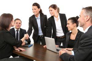 איך להתלבש בסטייל למשרד ולעבודה?
